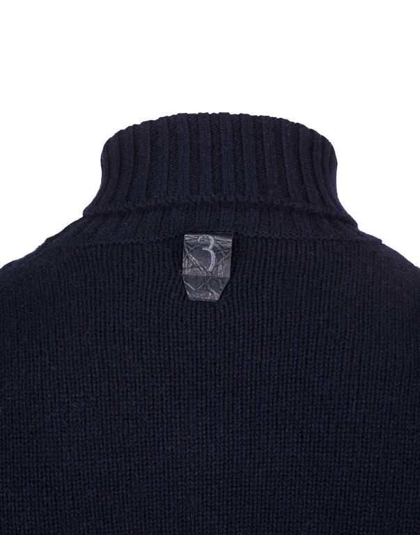 Turtle Neck LS Statement