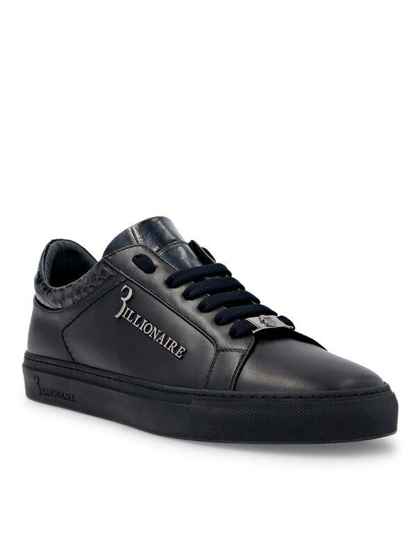 Lo-Top Sneakers Crest