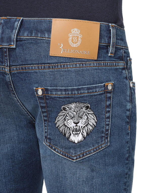 Super slim fit Lion