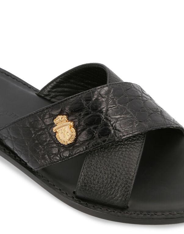 Sandals Flat Crest