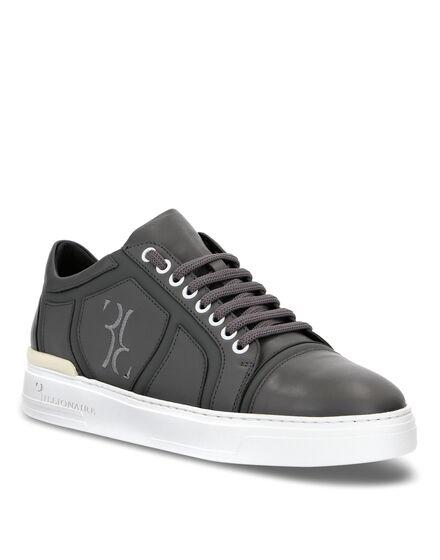 Lo-Top Sneakers Bilbao