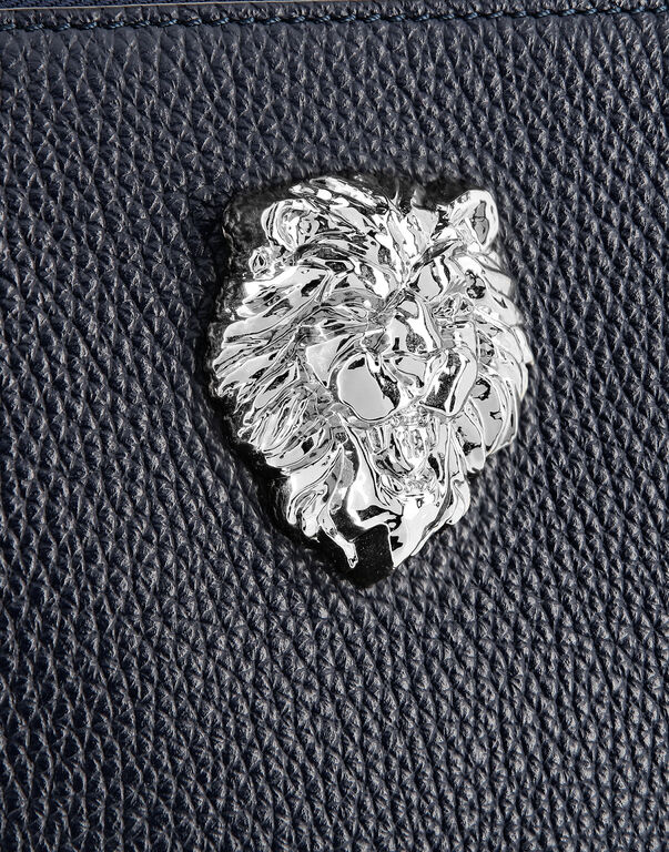 Clutch Lion
