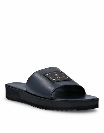 Sandals Flat Istitutional